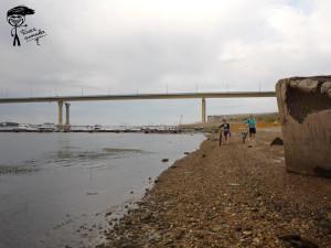 Пляж под Танцующим Мостом