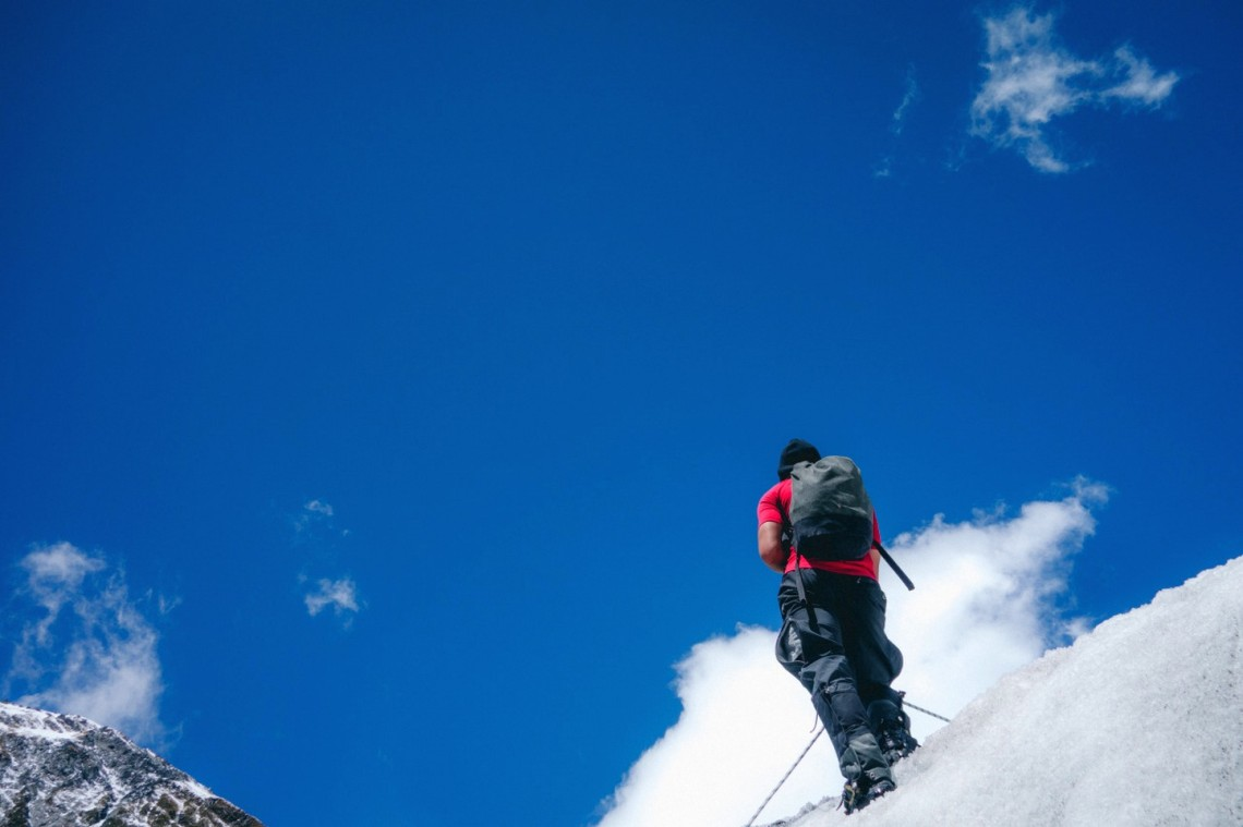 Как высоко способен подняться человек?