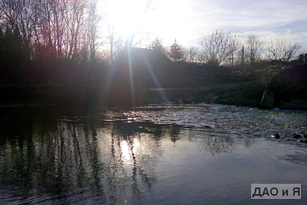Поселок за рекой